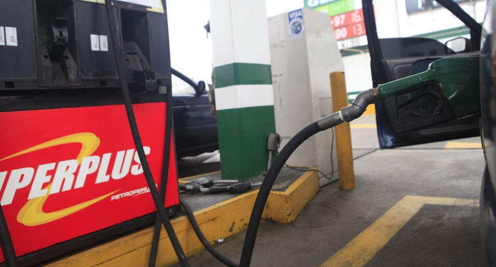 El precio del Gasohol 90 se contrajo de S/ 11.17 a S/ 11.11 por galón. (Foto: GEC)