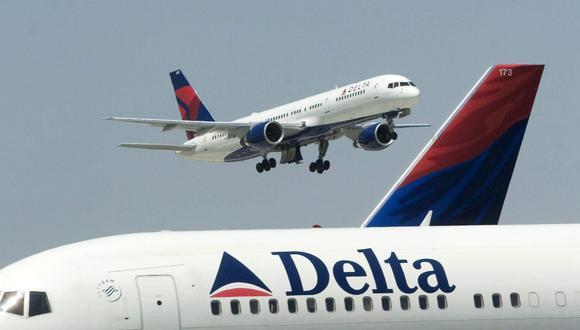 En los últimos meses, Delta ha intentado reducir sus costos retirando aviones de su flota, rebajando su capacidad y ofreciendo a unos 18,000 empleados compensaciones y jubilaciones anticipadas. (Foto: EFE)