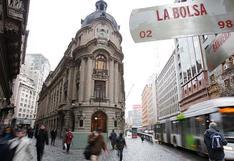 Bolsa de Santiago cierra con fuerte caída de 9.33% tras resultado de votación por Constituyente