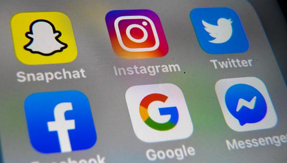 Las redes sociales que ya se han consolidado como el espacio para visibilizar las experiencias con las marcas, señala la agencia 121. (Foto: AFP)