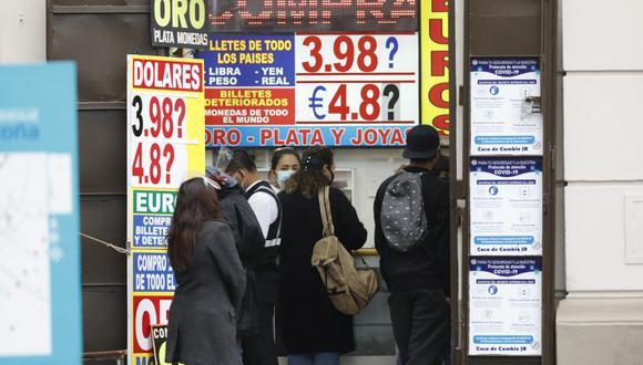 El dólar acumula una ganancia de 9.84% en el mercado cambiario en lo que va del 2021. (Foto: GEC)