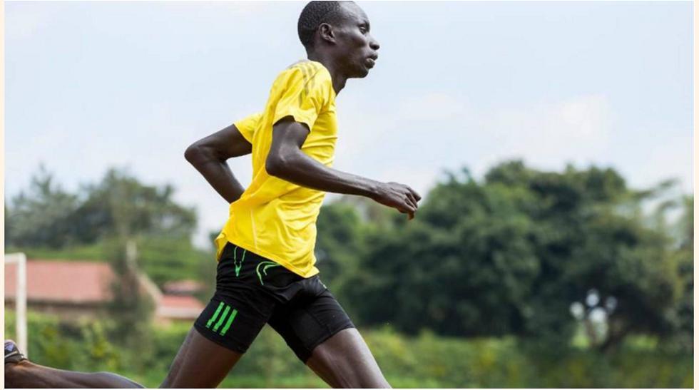James Nyang Chiengjiek (sudan del sur, Atletismo) Con 11 años perdio a su padre, que luchó en la segunda Guerra Civil del país. Abandono su pais y fue a Kenia para evitar ser niño soldado.