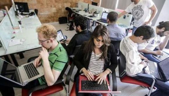 Los millennials dependen de la tecnología para trabajar. (Foto: Shutterstock)