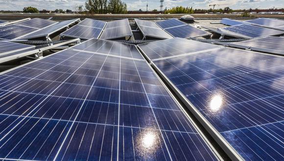 Esta inversión récord se produce a medida que aumenta la presión para reducir las emisiones de gases de efecto invernadero y evitar los efectos más graves del cambio climático. (Bloomberg)