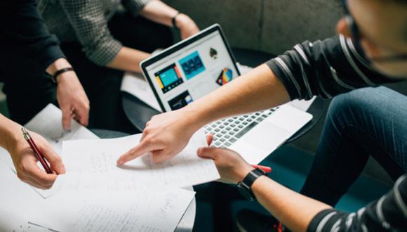 Informe señala que las organizaciones necesitan transformar su fuerza de trabajo para asegurarse que tienen las habilidades y competencias. (Foto: GEC)