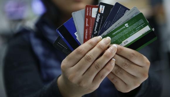 El cobro de más de un cargo por incumplimiento de pago por cada ciclo de facturación y tarjeta también quedará prohibido desde este sábado. (Foto: GEC)