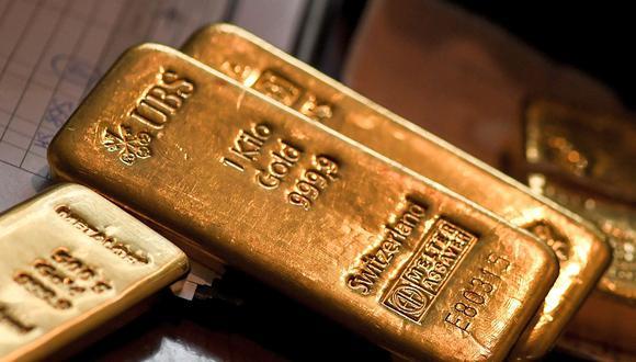 La caída del dólar a nivel global aumentaba el atractivo del oro entre los inversionistas este miércoles. (Foto: AFP)