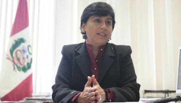 Sylvia Cáceres, ministra de Trabajo.