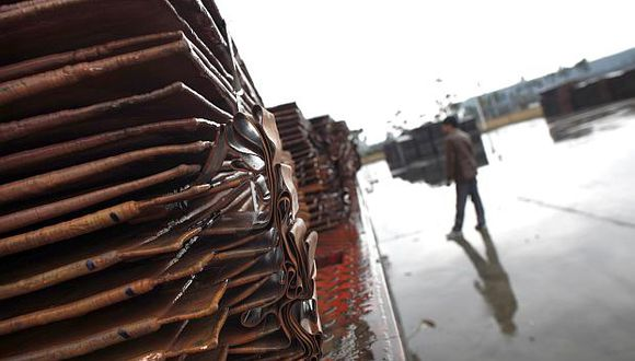 El precio del cobre opera al alza este viernes. (Foto: Reuters)