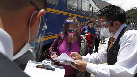Muchos destinos turísticos del Perú ya cuentan con el certificado 'Safe travel' y protocolos de bioseguridad para recibir a los visitantes, dijo la ministra del Mincetur. (Foto: EFE)