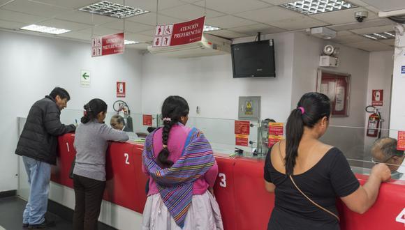 El Banco de la Nación invoca a la ciudadanía a informarse sobre el bono Yanapay y evitar acudir a las agencias de la entidad financiera para contener la propagación del COVID-19. (Foto: BN)
