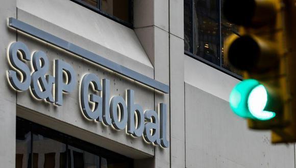 La agencia ya ha rebajado o recortado el panorama de cerca de 60 países este año, pero relativamente pocas han sido de naciones ricas con altas calificaciones. (Foto: Reuters)