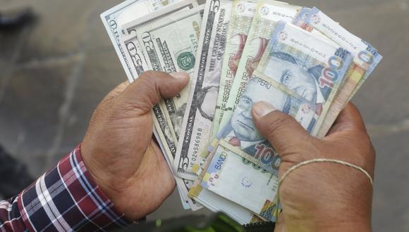 El dólar cerró al alza el lunes. (Foto: Diana Chávez | GEC)