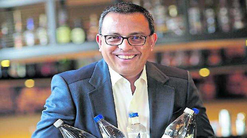 Alonso Estrada, gerente general de Socosani, señaló que el objetivo es posicionar a dicha marca como el agua premium del Perú, por lo que apuntan a llevar este producto al mercado estadounidense.