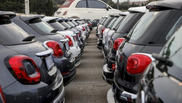 La familia Agnelli, de Fiat, será el mayor accionista de la nueva compañía, lo que complica la cuestión sobre quién finalmente se llevará el control a largo plazo.