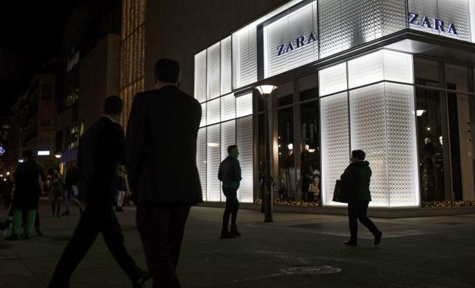 Inditex, propiedad de Amancio Ortega, fundador de la empresa y cuarto hombre más rico del mundo quiere 400 millones de euros por las tiendas Zara.