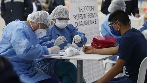 Un 77% de peruanos espera del Gobierno una mejora de la prestación de atención universal en salud. (Foto: GEC)