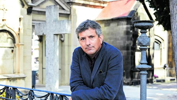 Escritor peruano Santiago Roncagliolo.