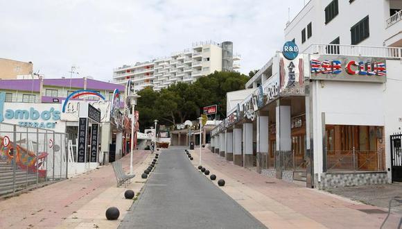 """En total, 557 hoteles tenían colgado el cartel de """"se vende"""" en todo el territorio español, 19% más que en marzo, de acuerdo a los datos de Idealista."""