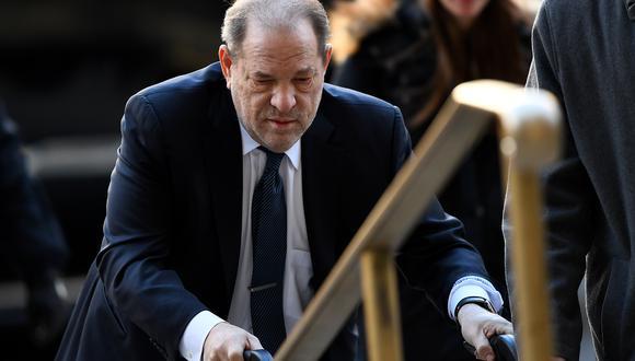El productor Harvey Weinstein fue condenado a 23 años de prisión en marzo del año pasado en Nueva York por violación y agresión sexual a dos mujeres. (Foto: AFP)