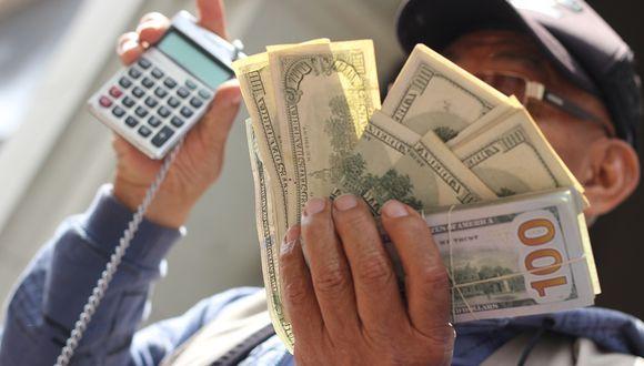 Dolarización de créditos se redujo a 39% en enero