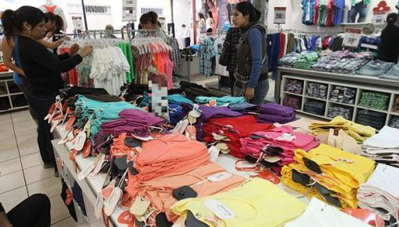 8 de agosto del 2011. Hace 10 años. Sospechan subvaluación en 56% de ropa importada.