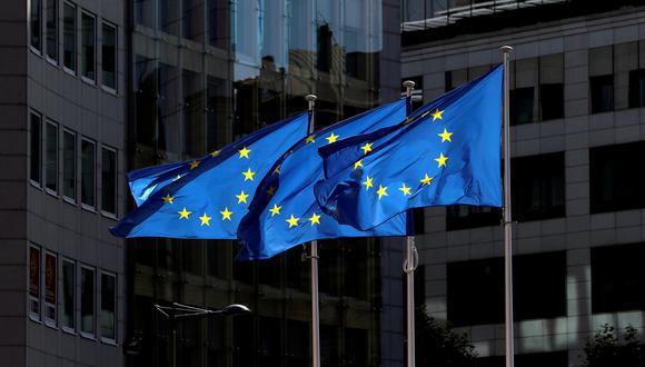 La UE reconoce por ahora formalmente cuatro vacunas contra el COVID-19, las desarrolladas por BioNTech-Pfizer, Moderna, AstraZeneca y Johnson & Johnson. (REUTERS/Yves Herman).