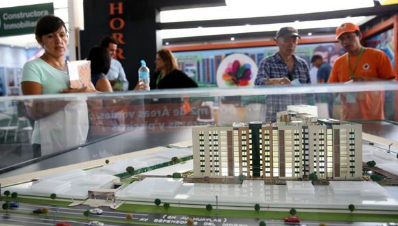 """""""Si las tasas de interés bajaran al 6% la cantidad de créditos hipotecarios al mes o al año se duplicaría"""", indicó Carlos Bruce (Foto: Andina)."""