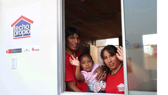 Para solicitar el BFH del programa Techo Propio, las familias deben estar inscritas y hasta finales de año no se exigirá el ahorro previo para aplicar a la entrega del bono (Foto: Andina)