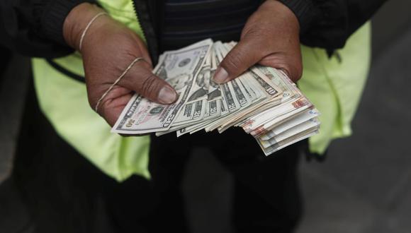 El dólar cerró al alza el martes. (Foto: Leandro Britto | GEC)