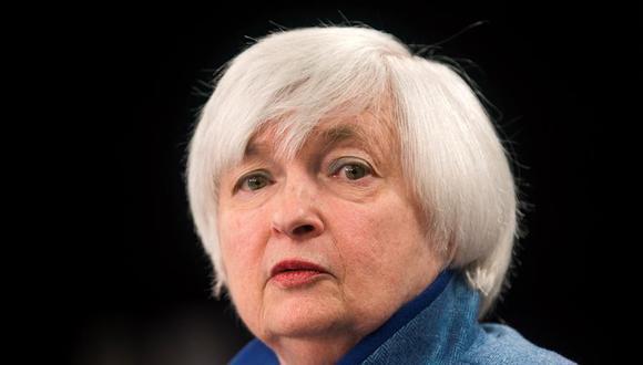 """""""Puede ser que los tipos de interés tengan que subir ligeramente para que nuestra economía no se sobrecaliente"""", afirmó Yellen en esas primeras declaraciones, que provocaron retrocesos en Wall Street."""
