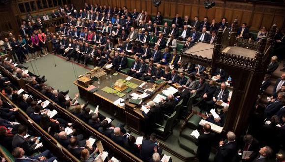 En una sesión que se prolongó pasada la medianoche, el Parlamento promulgó una ley que bloquea un Brexit sin acuerdo el próximo mes. (Foto referencial: AFP)