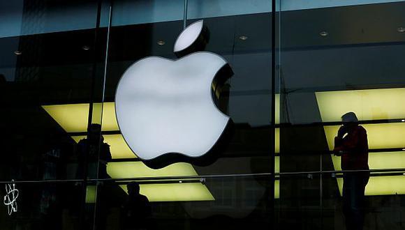 Apple señaló que la aplicación de aranceles del Gobierno de Estados Unidos decantaría la balanza a favor de sus competidores globales. (Foto: Reuters)<br>