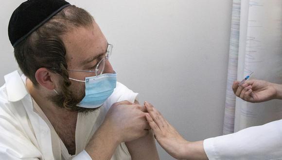 El Ministerio de Salud de Israel ha registrado unos 551,000 casos y más de 4,000 muertes desde el inicio de la pandemia.  . (AP Photo/Ariel Schalit)