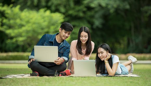 Estudiantes piden más artículos tecnológicos para volver a clases. (Foto: Pixabay)