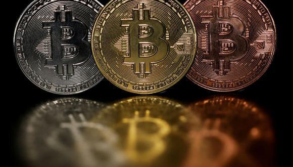 La Comisión Europea indicó que sistemas como el bitcóin deberían regirse por las mismas normas que las transferencias bancarias regulares. (Foto: Reuters)