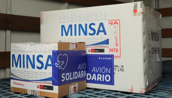 Las vacunas de Pfizer llegaron al Aeropuerto Internacional Jorge Chávez cerca de las 6 de la tarde. (Foto: PCM)
