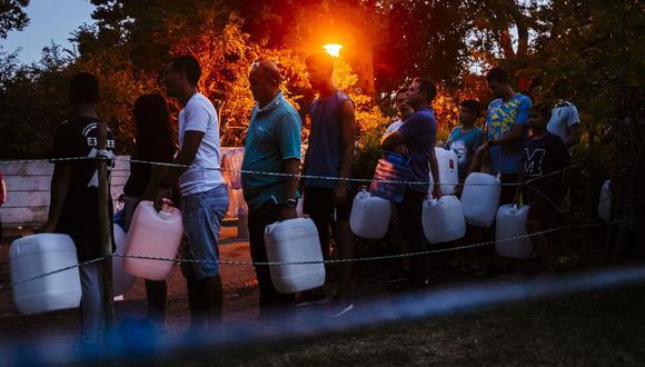 La escasez de agua también se relaciona con otros riesgos climáticos, como huracanes, incendios forestales e inundaciones, dijo la firma.