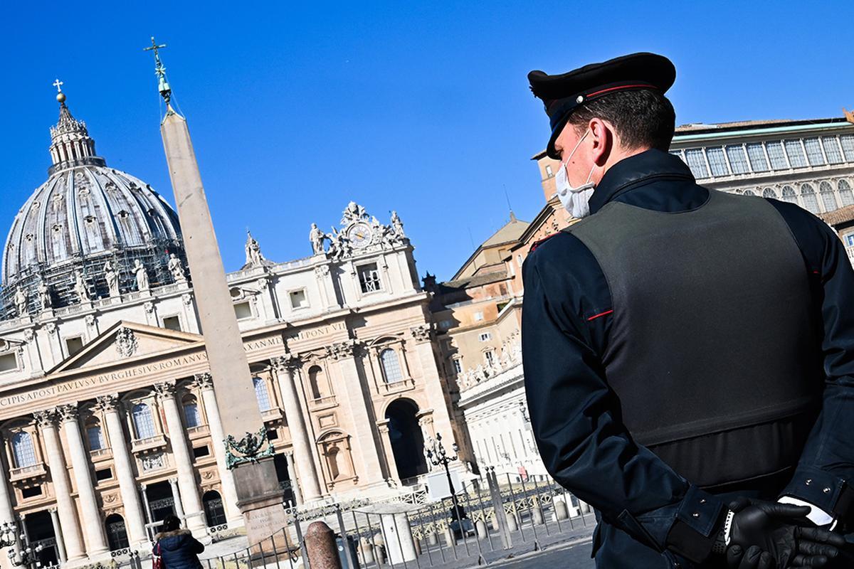 Guardia en el Vaticano