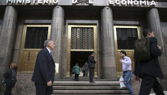 Es la novena ocasión en que Argentina, tercera economía de América Latina, queda en cesación de pagos en su historia. EFE/DAVID FERNÁNDEZ