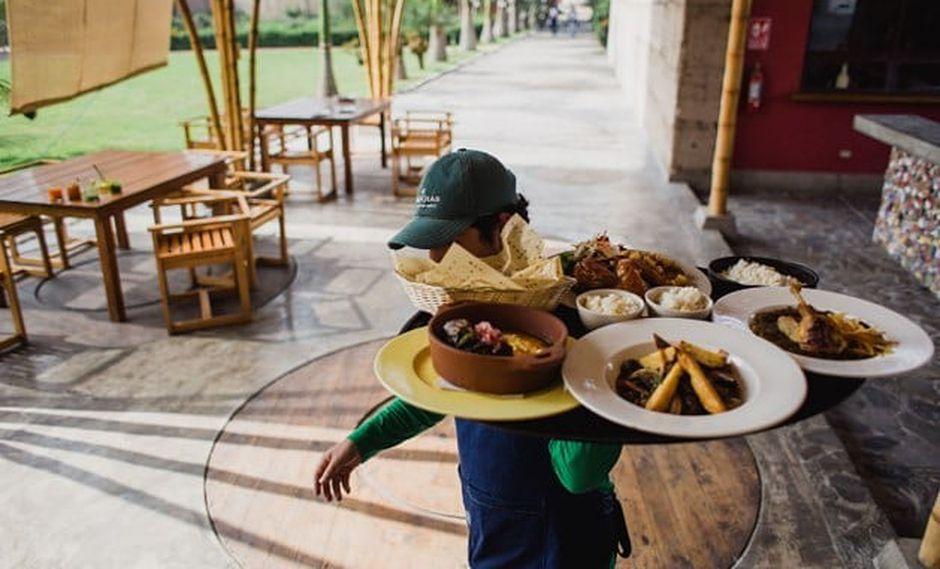 Negocios de restaurantes acumulan 27 meses de crecimiento continuo, reportó el INEI