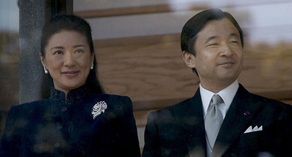 Foto 8 | Entre las obligaciones conjuntas que realizaba con la emperatriz Michiko  estaba el presidir cientos de ceremonias recepciones y espectáculos así como recibir numerosas personalidades.