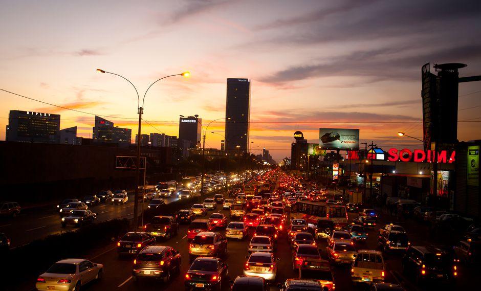 El tráfico de Lima es un dolor de cabeza para sus ciudadanos. (Foto: USI)