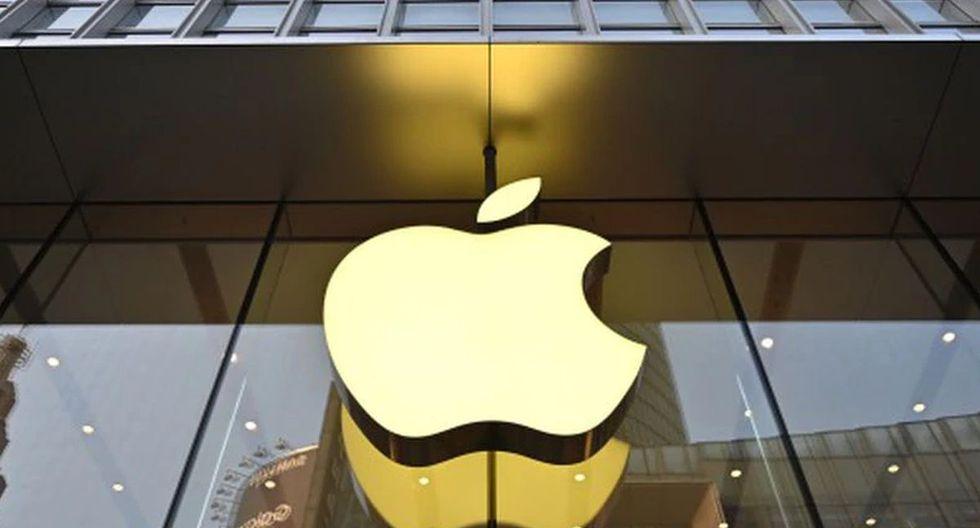 """La empresa que dirige Tim Cook rechaza """"la idea de que Apple no haya ayudado de forma sustancial en la investigación de Pensacola"""". (Foto: AFP)"""
