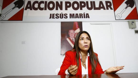 Mónica Saavedra fue sentenciada por violencia familiar en contra de su menor hijo. (Foto: GEC)