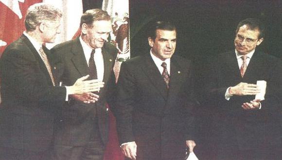 El presidente Clinton, el primer ministro de Canadá y el presidente de México, invitaron a su homólogo chileno, ser el cuarto miembro del TLC. (foto Reuter).