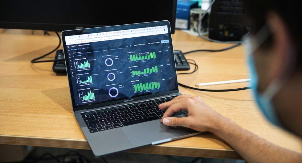 Las carreras relacionadas con el manejo de software tendrán un gran despegue como consecuencia de la pandemia. (Foto: Bloomberg)