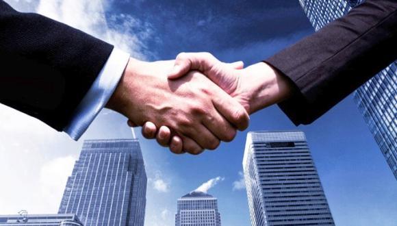 Las M&A ofrecen una solución a las empresas que requieren desprenderse de activos para continuar en el mercado. (Foto: Archivo)