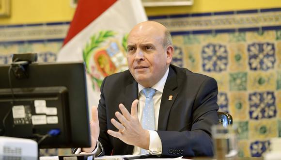 El canciller Mario López precisó que el Gobierno busca garantizar la cobertura del 70% de la población peruana con la vacuna del COVID-19 para generar inmunidad ante la pandemia. (Foto: GEC)