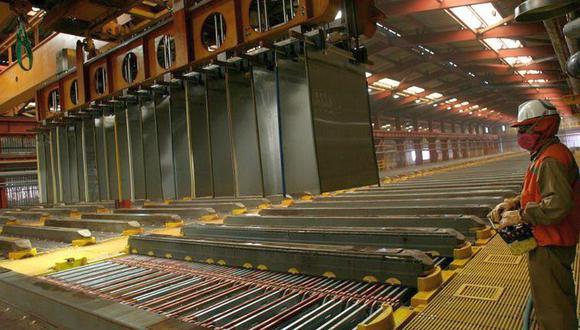 El cobre referencial a tres meses en la Bolsa de Metales de Londres cedía un 0,3%. (Foto: Reuters)